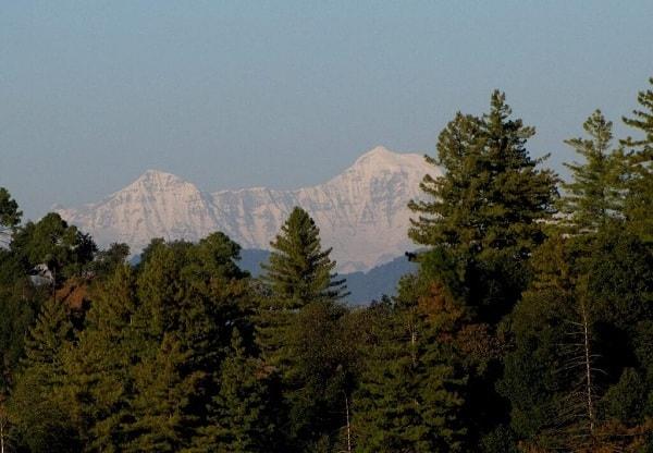 Himalaya view from gwaldan