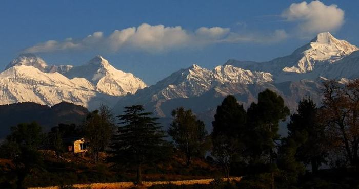 himalaya view from chaukori