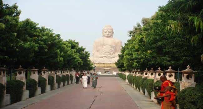 bodhgaya buddha statue
